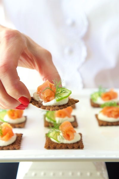 Goat cheese mousse and smoked salmon canap s the for Salmon mousse canape