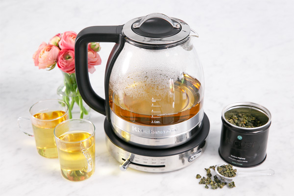 KitchenAid® Glass Tea Kettle Highlights